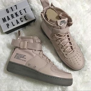 NEW Nike SF Air Force 1 Mid Silt Red Women's Shoes